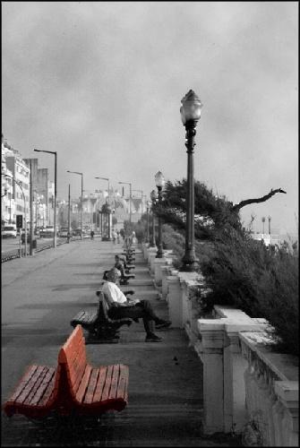 Paisagem Urbana/O banco vermelho
