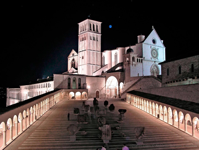 Outros/Convento de São Francisco - Assis, Itália