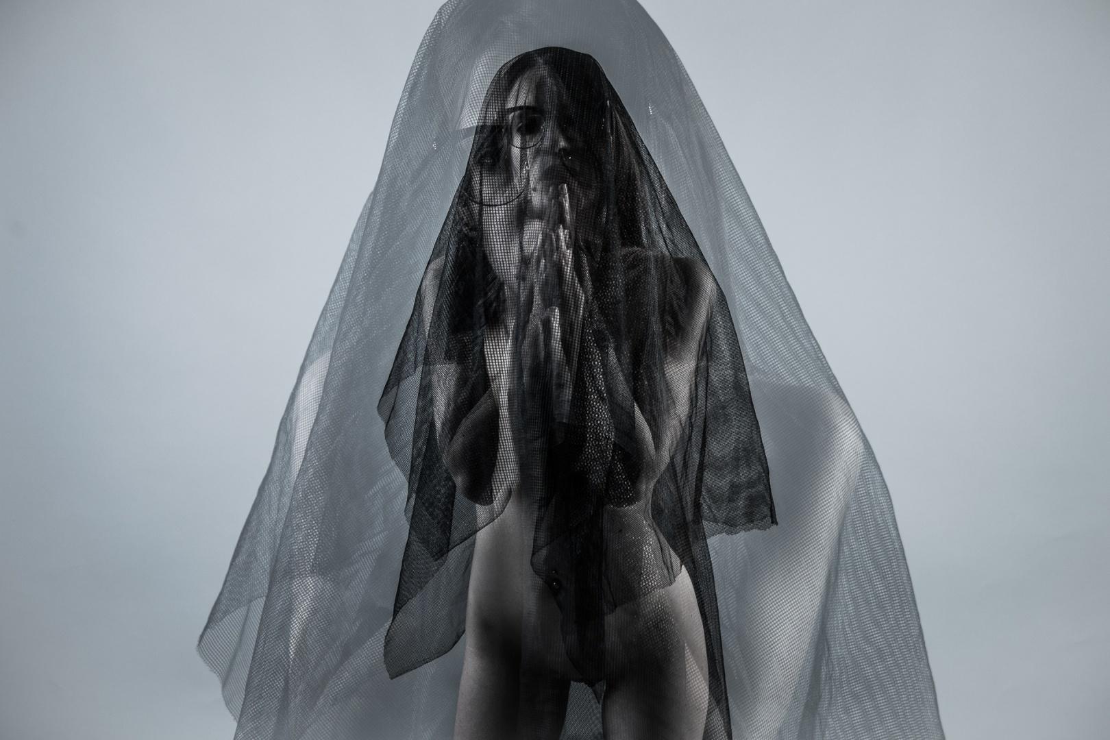 Retratos/veil(s)