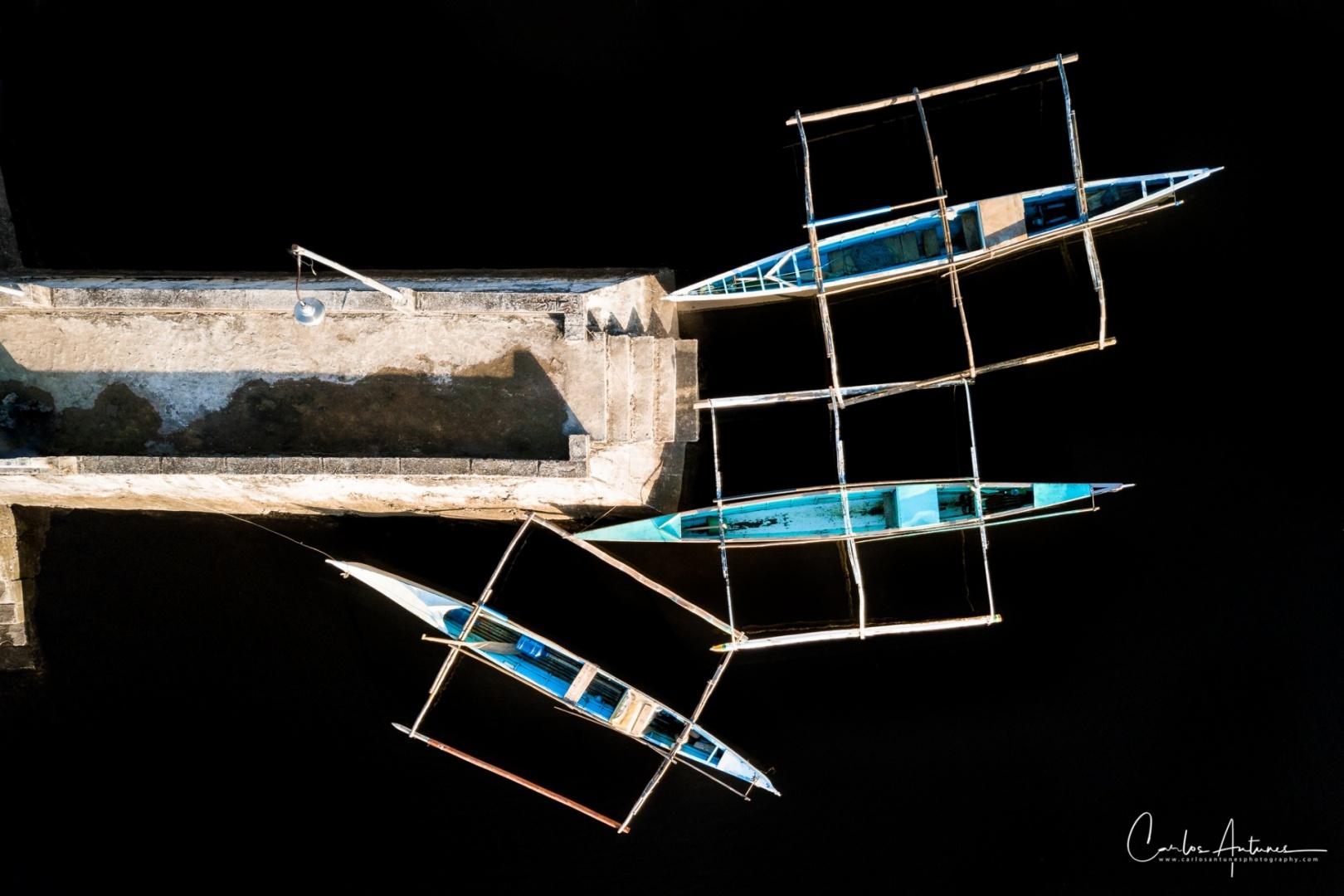 Gentes e Locais/Three Boats