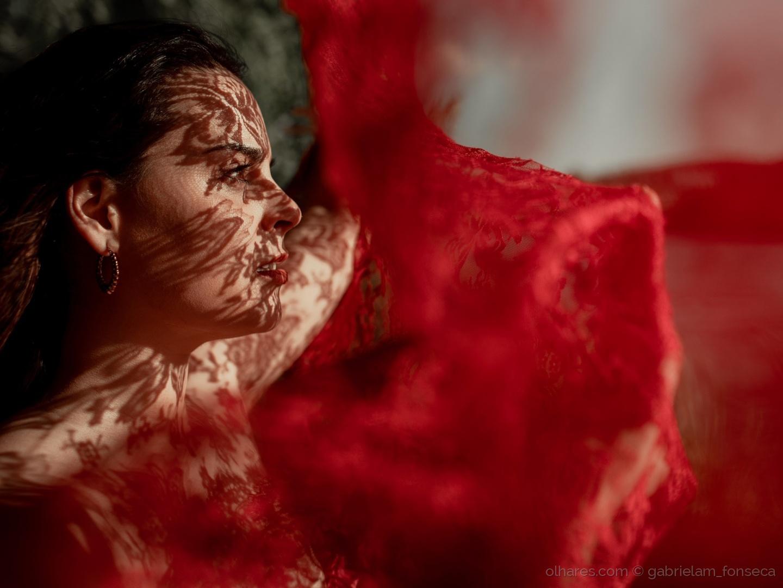 Retratos/Sombras Vermelhas