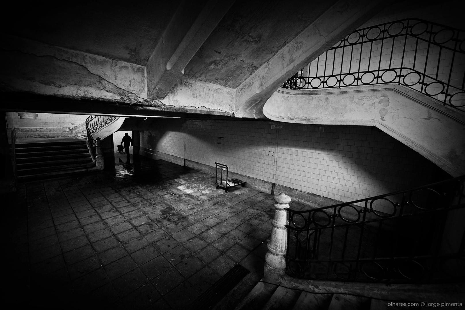 Fotografia de Rua/Ode ao Tempo e a tudo o que não cessa
