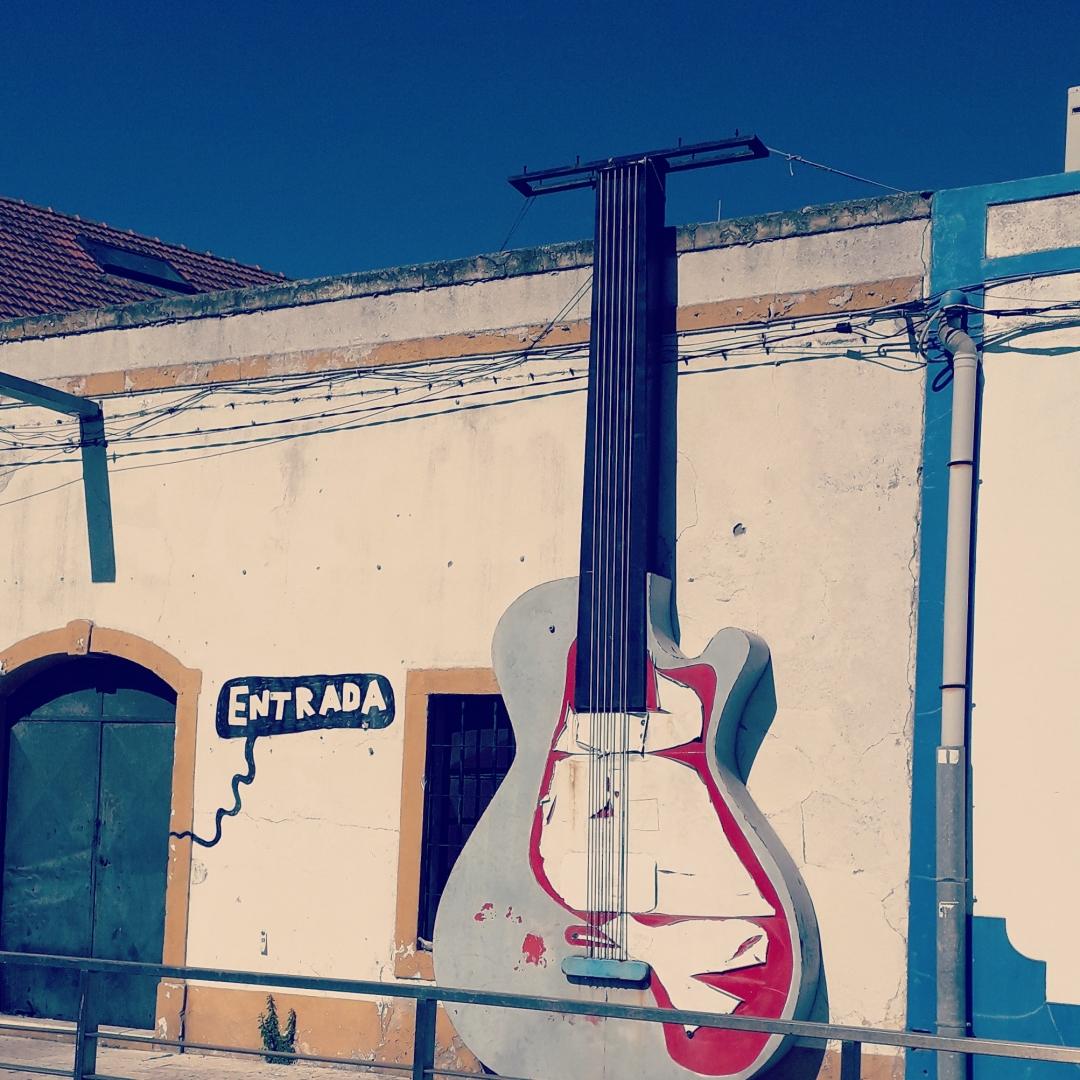 Outros/Urban guitar