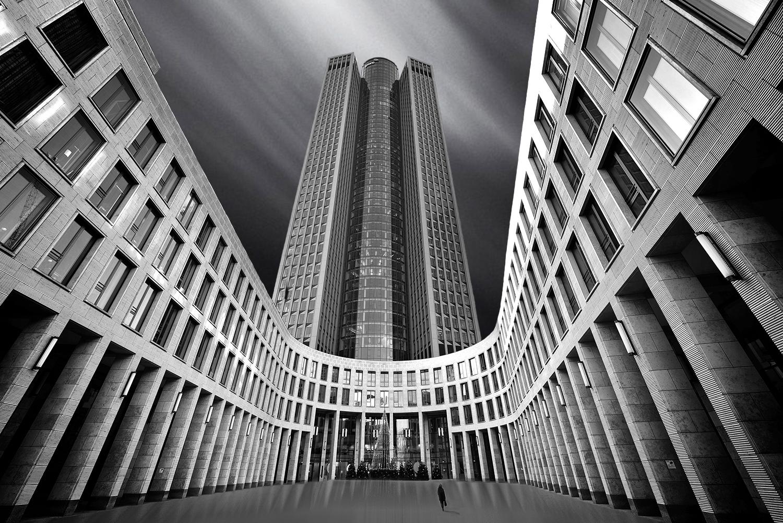 Arquitetura/Entre deuses e demónios