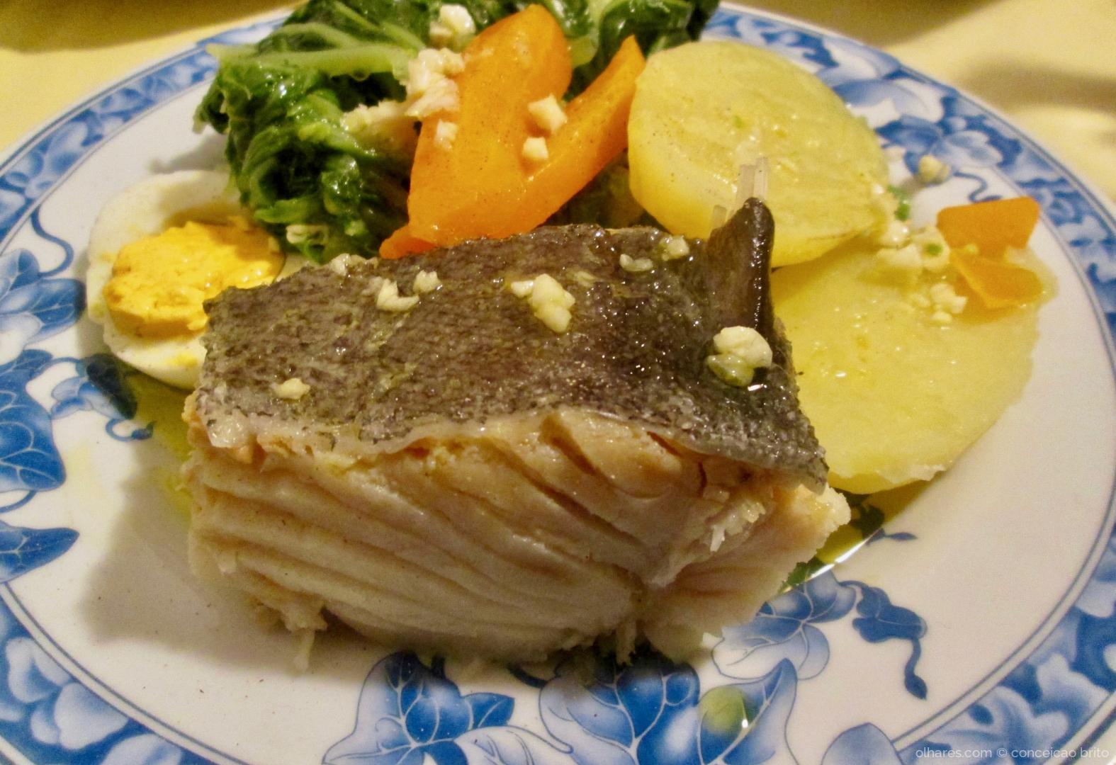 Gastronomia/bacalhau com todos