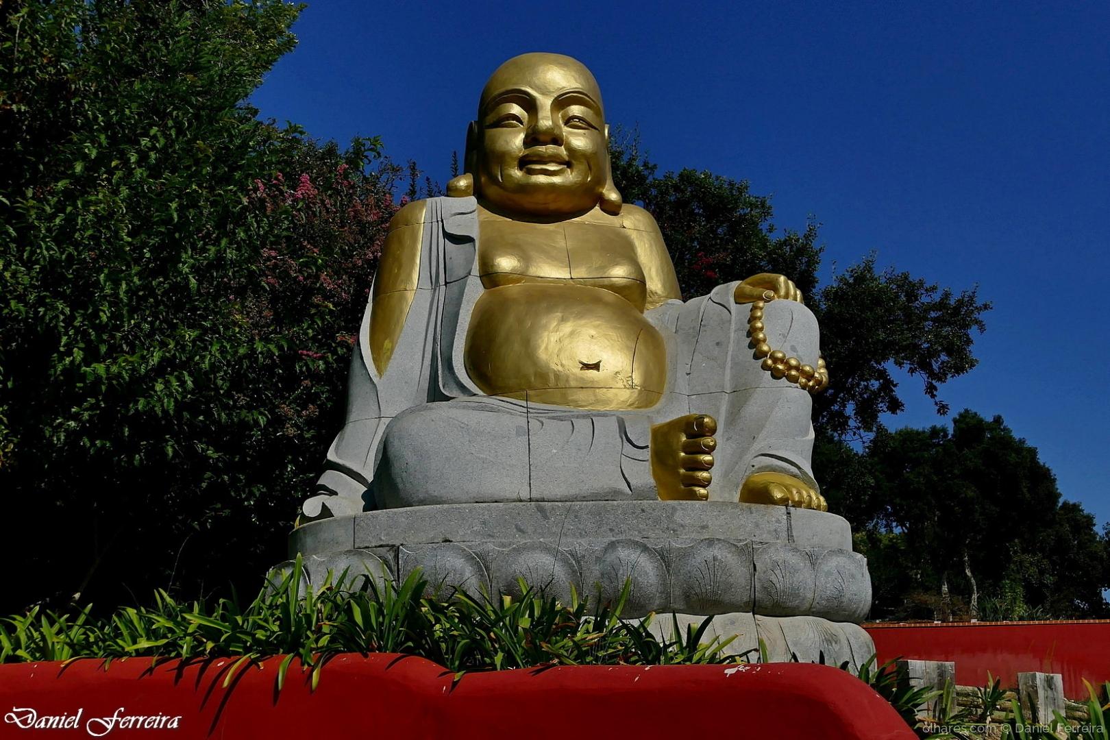 Gentes e Locais/Buda