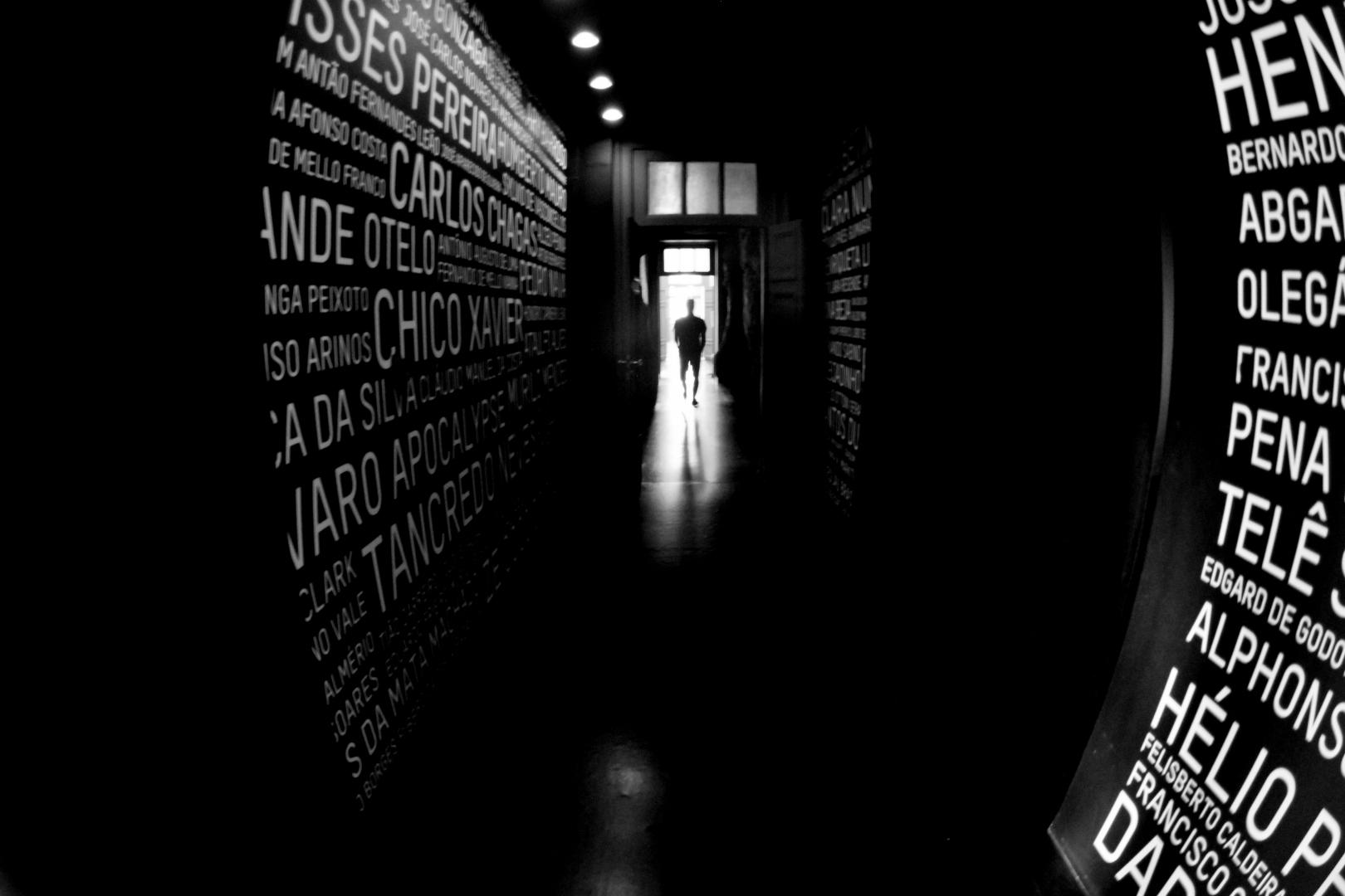 Gentes e Locais/Túnel