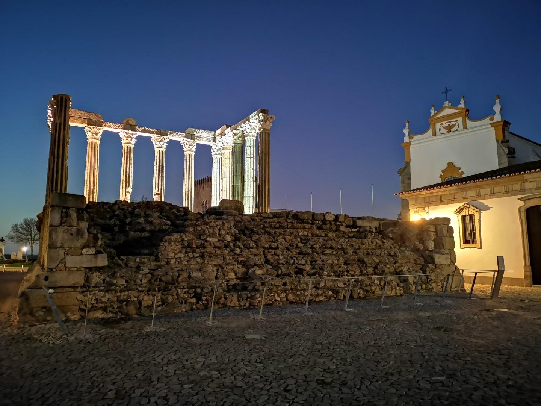 Gentes e Locais/Templo de Diana