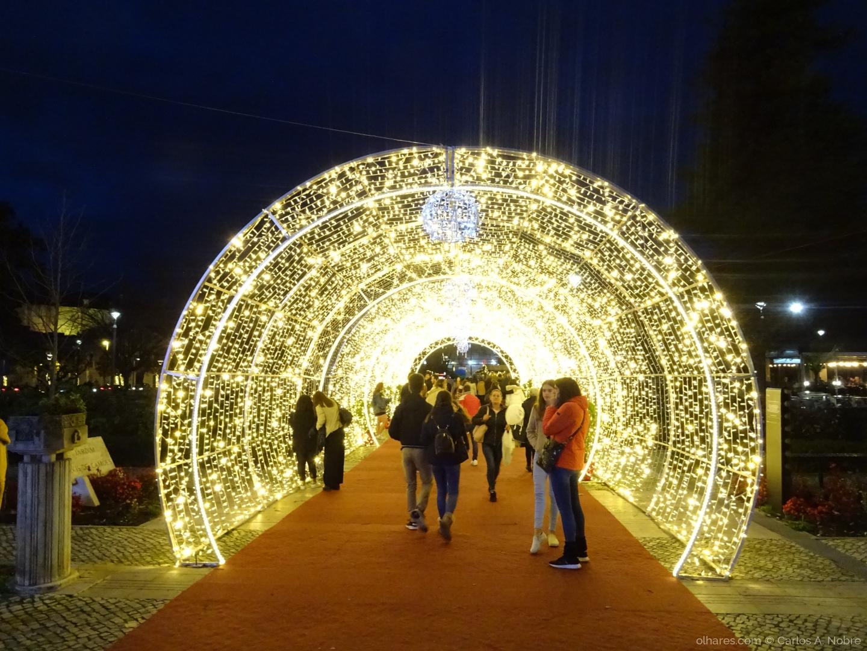Outros/Um Túnel de luzes.