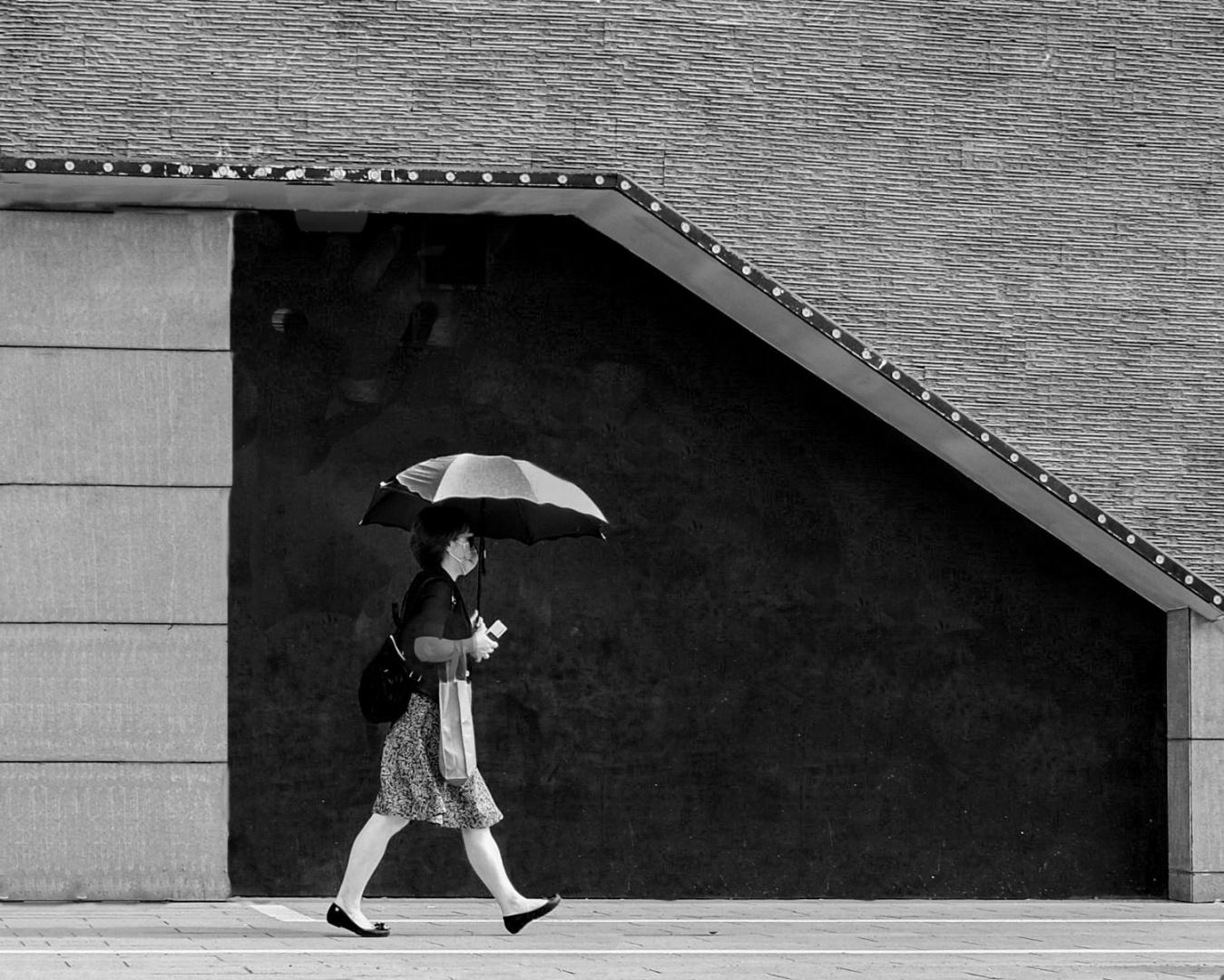 Fotografia de Rua/Woman with parasol