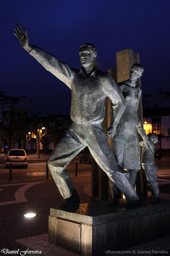 Arquitetura/Monumento aos Emigrantes de S. Miguel
