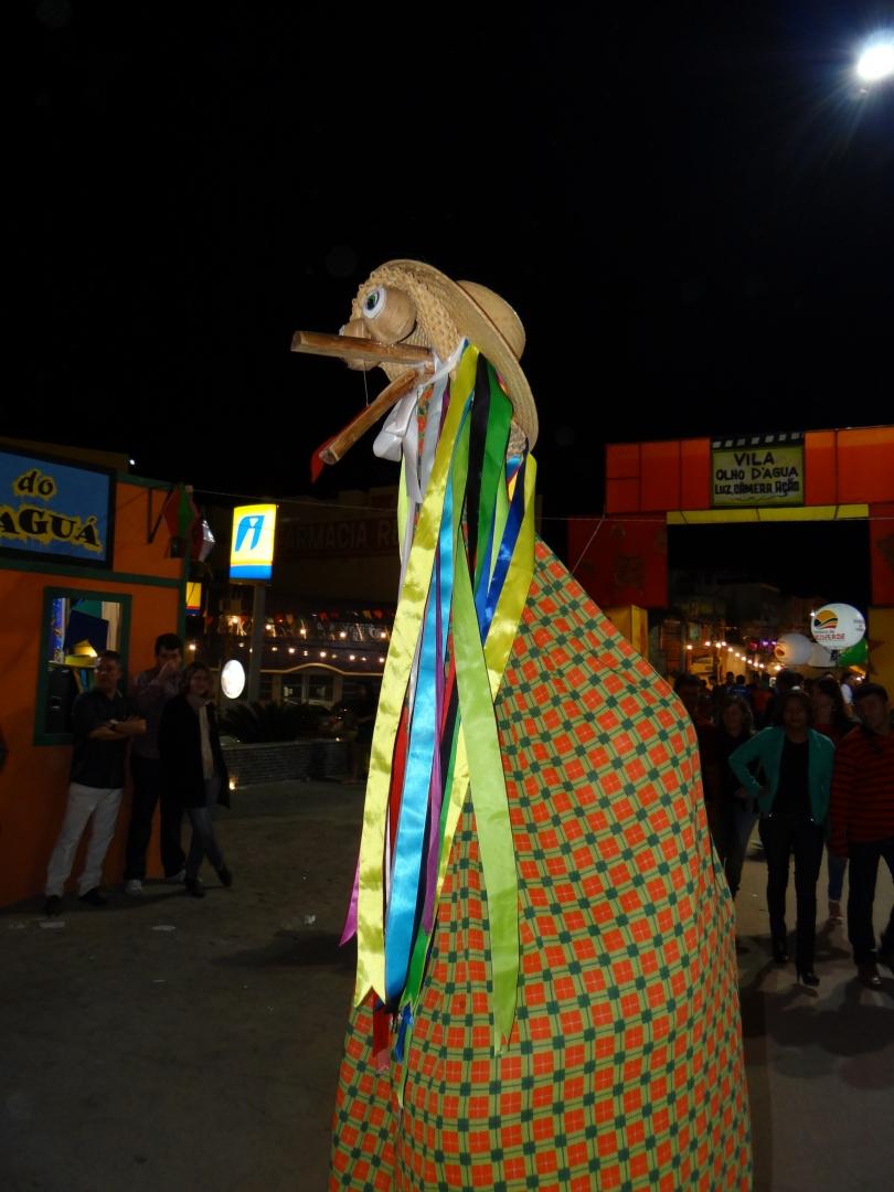 Espetáculos/Brincantes em fouguedos de São João