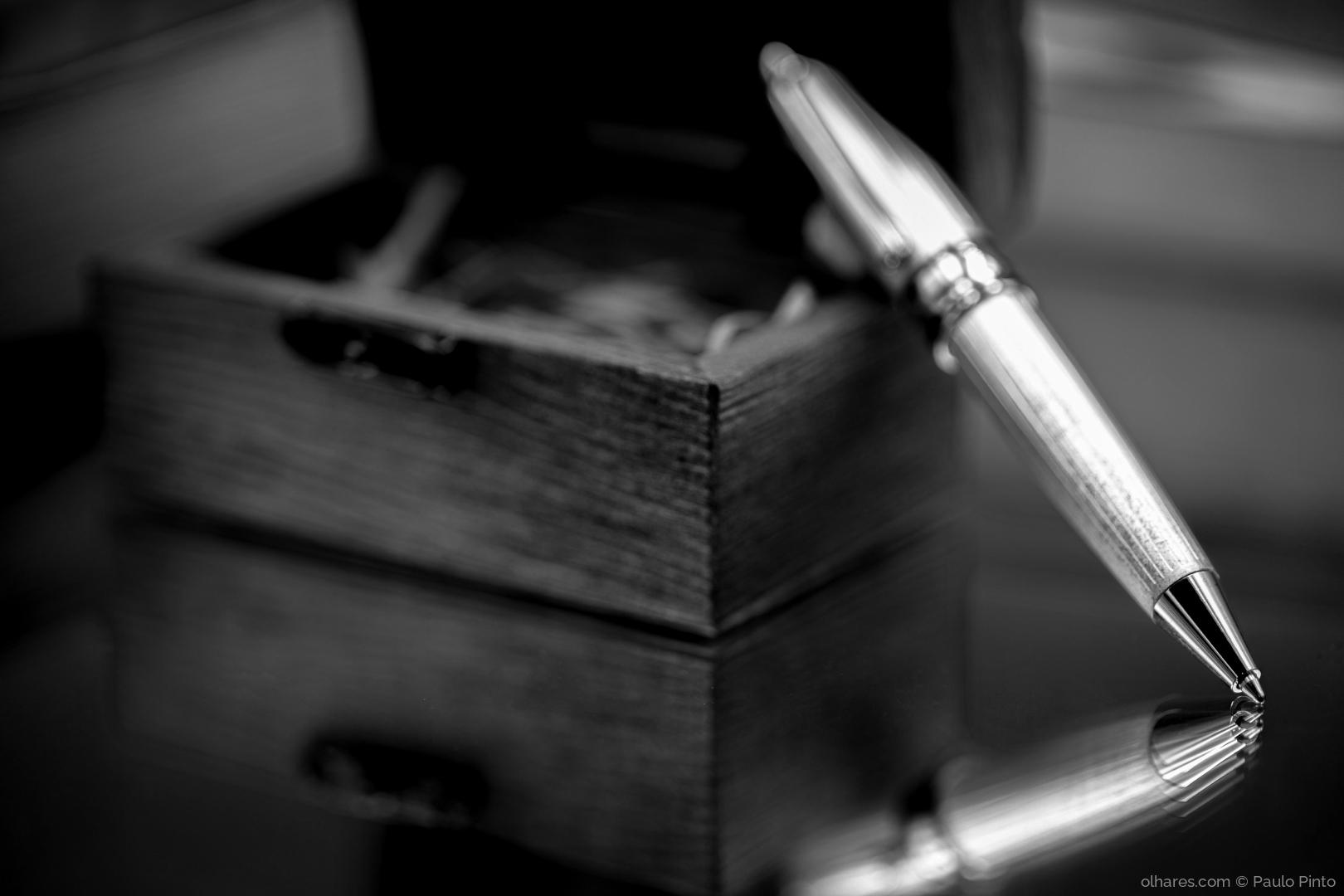 Macro/caneta vingadora