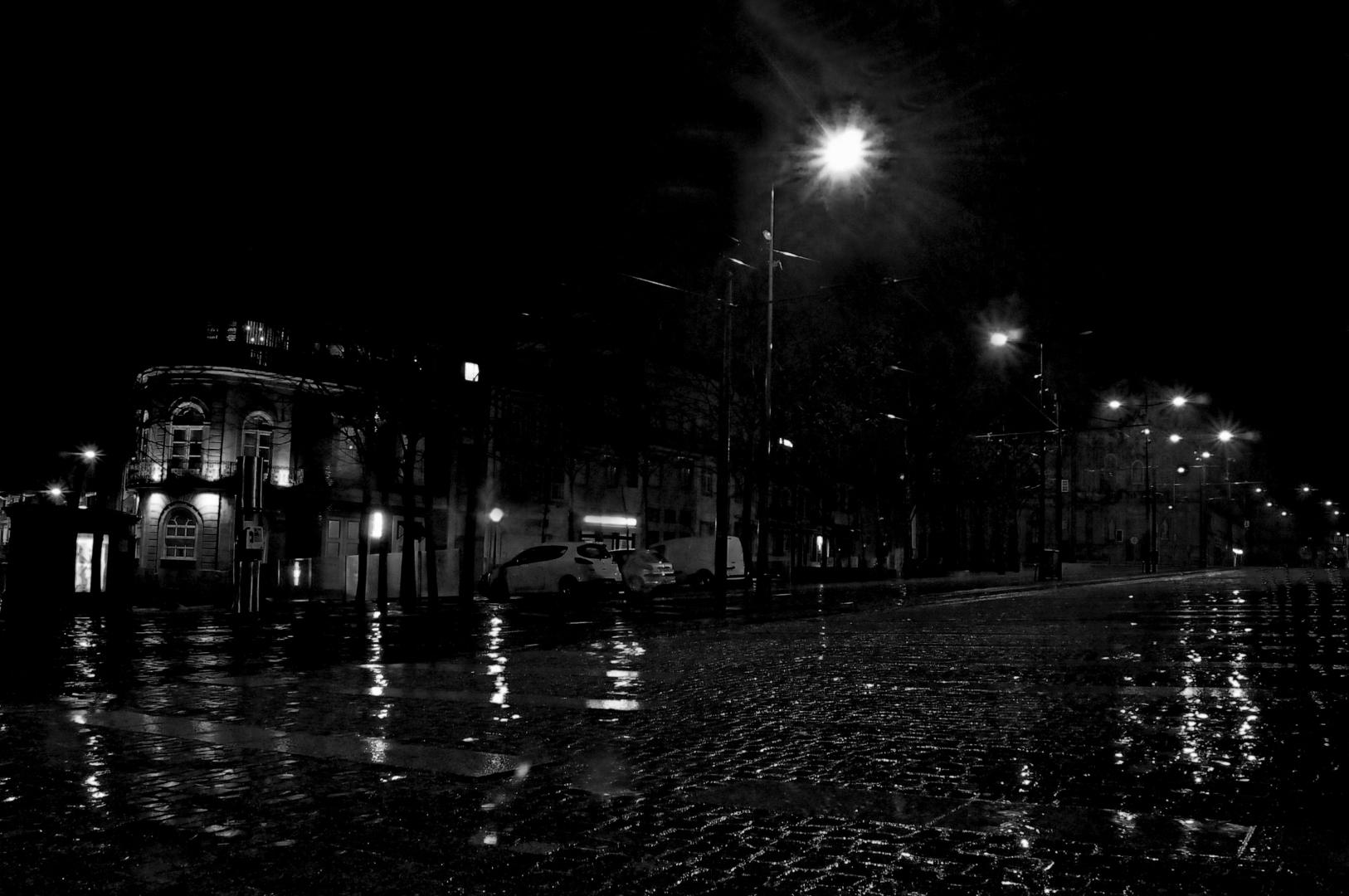 Paisagem Urbana/A chuva tão aguardada......