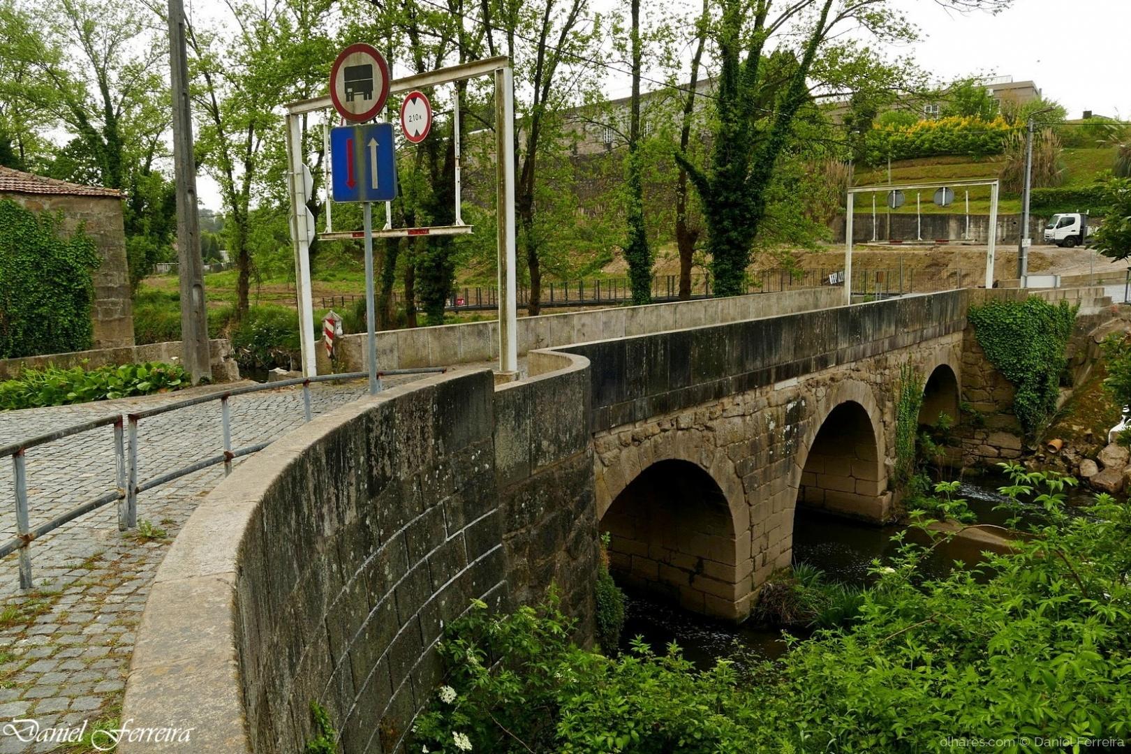 Arquitetura/Ponte do rio Leça