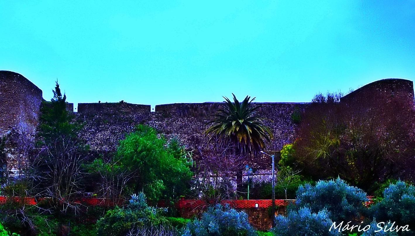 Gentes e Locais/Abrantes - Muralha do Castelo a Ocidente