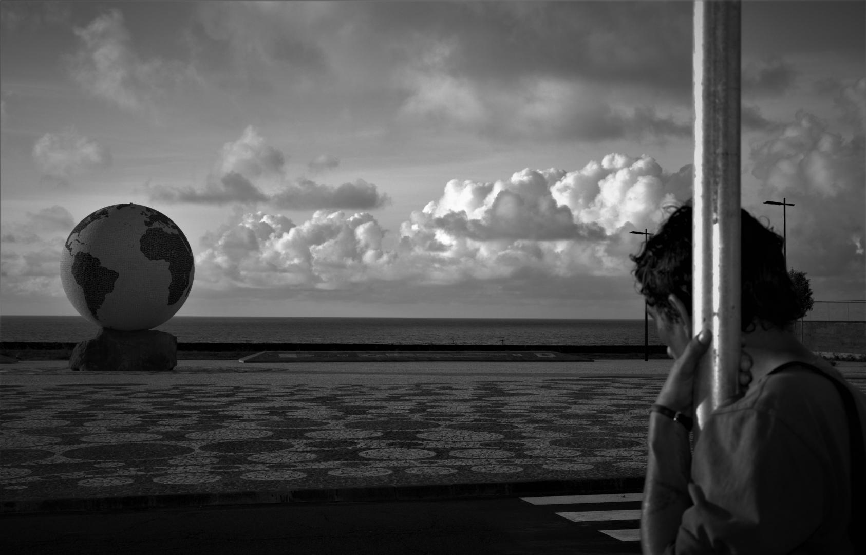 Fotografia de Rua/A linha entre o Homem e o Mundo (II)