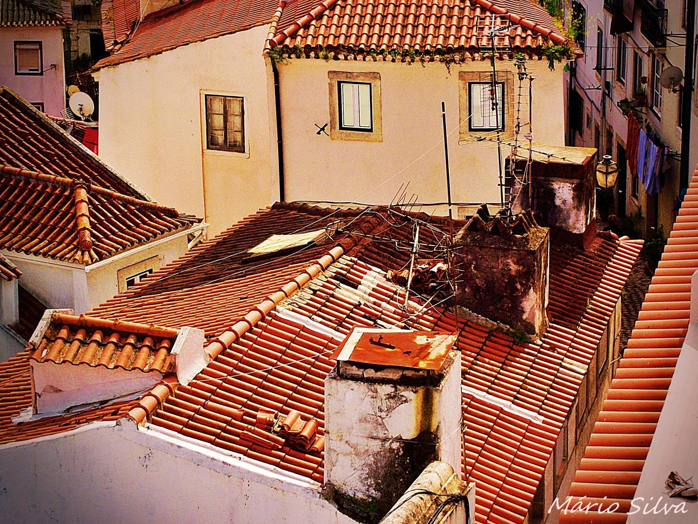 Paisagem Urbana/Ruas estreitinhas, telhados problemáticos
