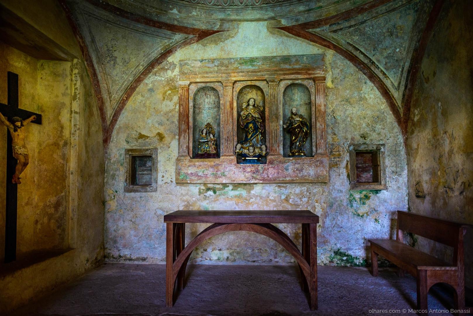 História/Capela das ruínas do Castelo Garcia D'Ávila