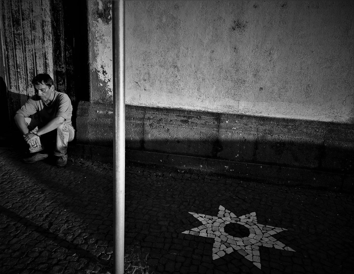 Fotografia de Rua/A solidão de uma estrela infinita