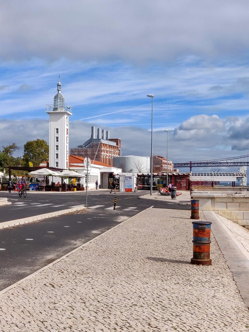 Arquitetura/Á beira Tejo - Estação Fluvial de Belém