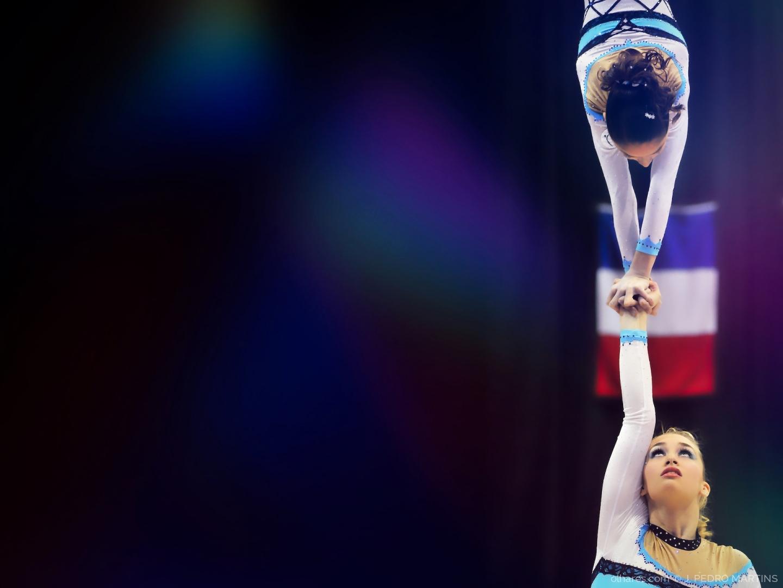Desporto e Ação/Olhos nos olhos