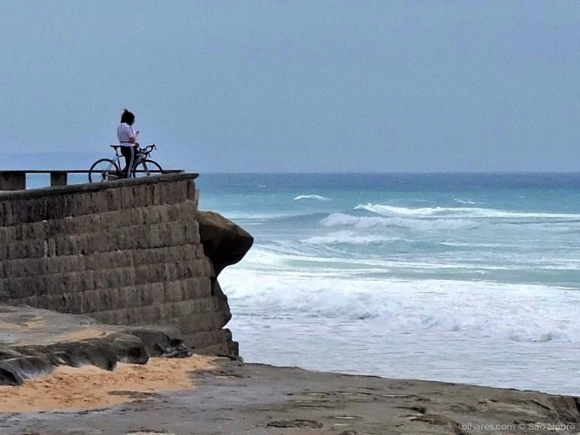 Gentes e Locais/A Ver o Mar