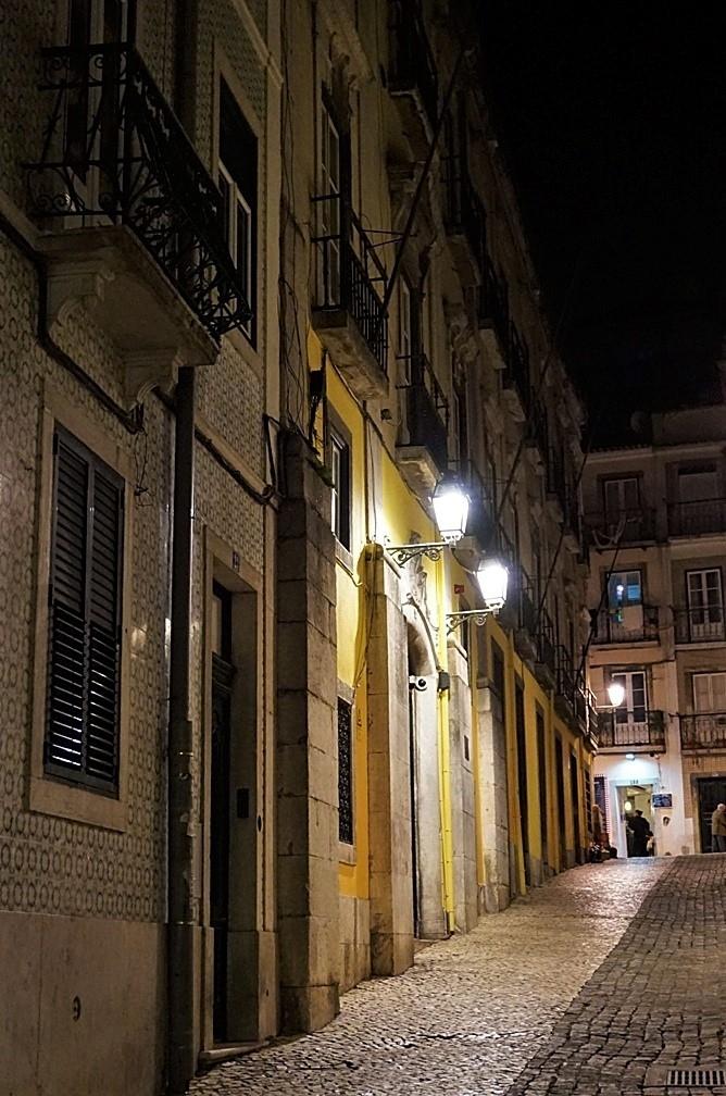 Fotografia de Rua/Bairro Alto à noite