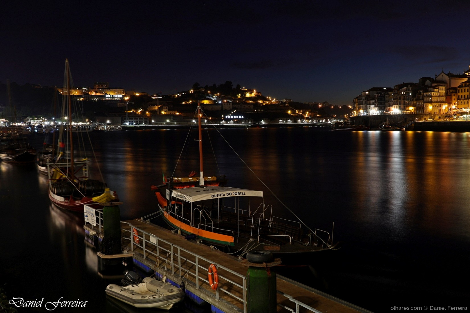 Gentes e Locais/A beleza do rio Douro, quando a noite cai