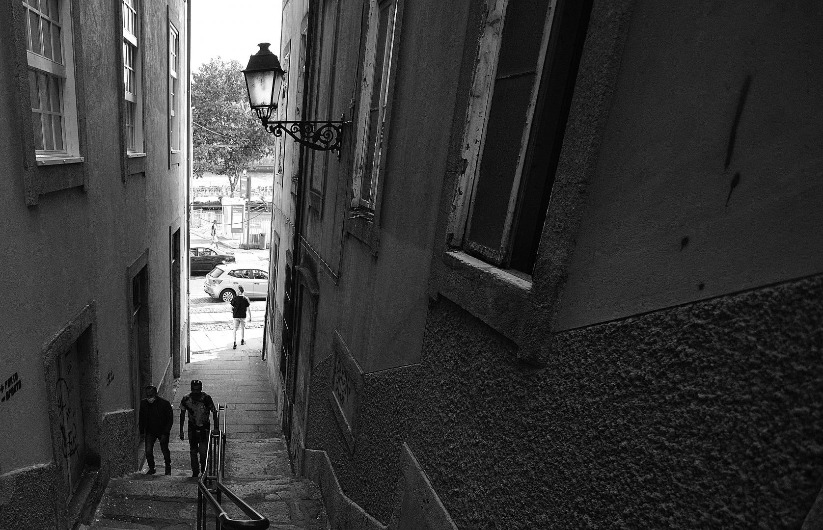 Fotografia de Rua/Da escuridão para a luz