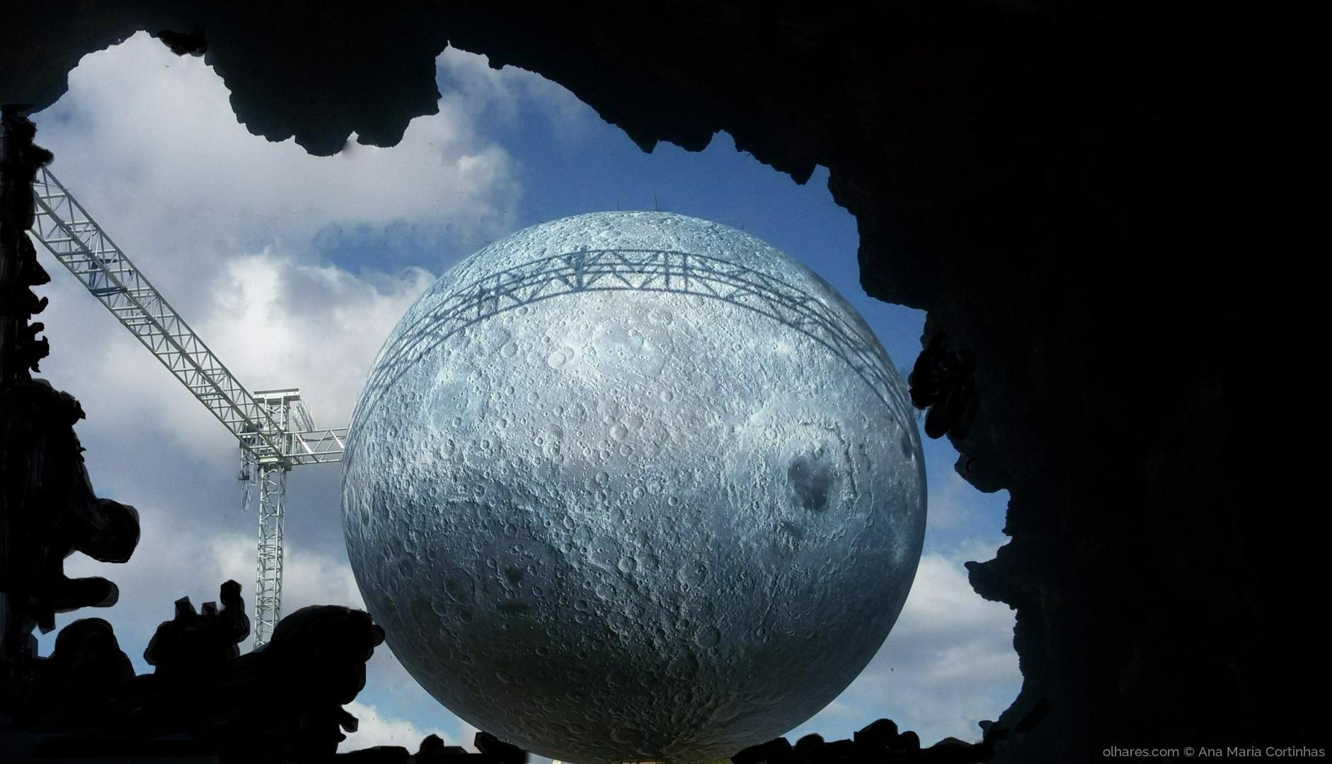 Espetáculos/Fui à lua....   (Pf ler)
