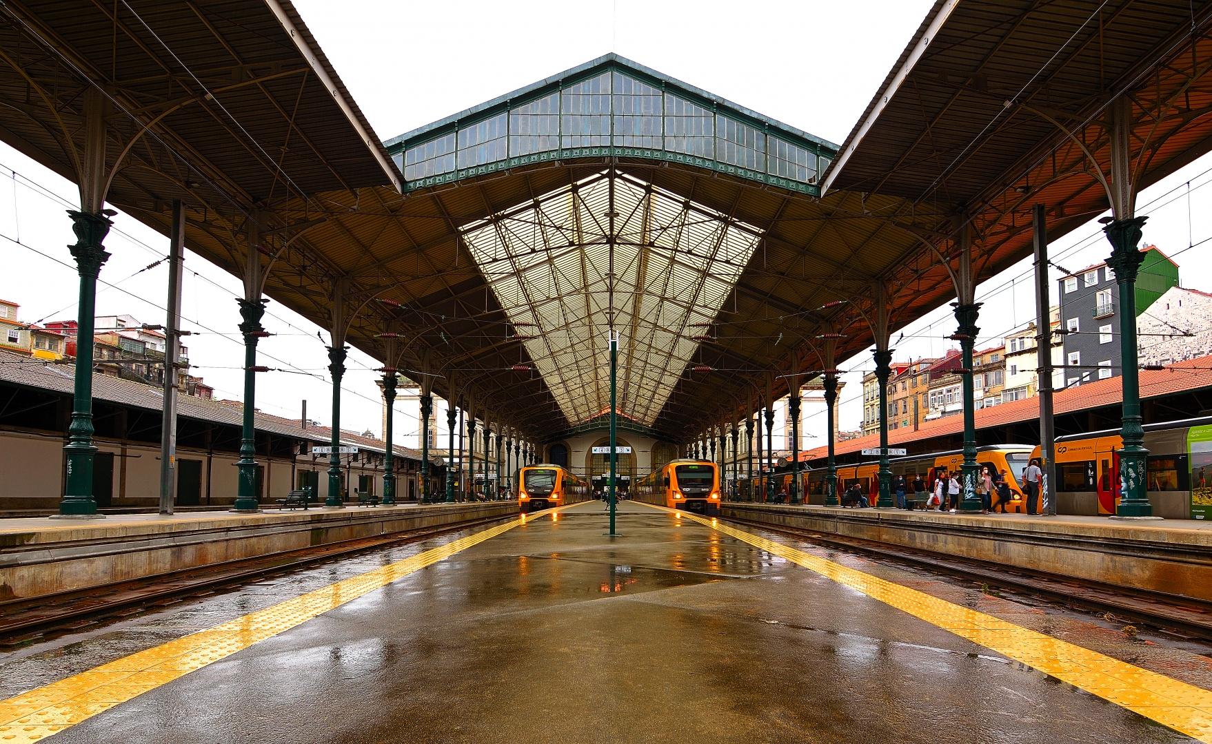 Arquitetura/Estação de São Bento numa tarde de chuva