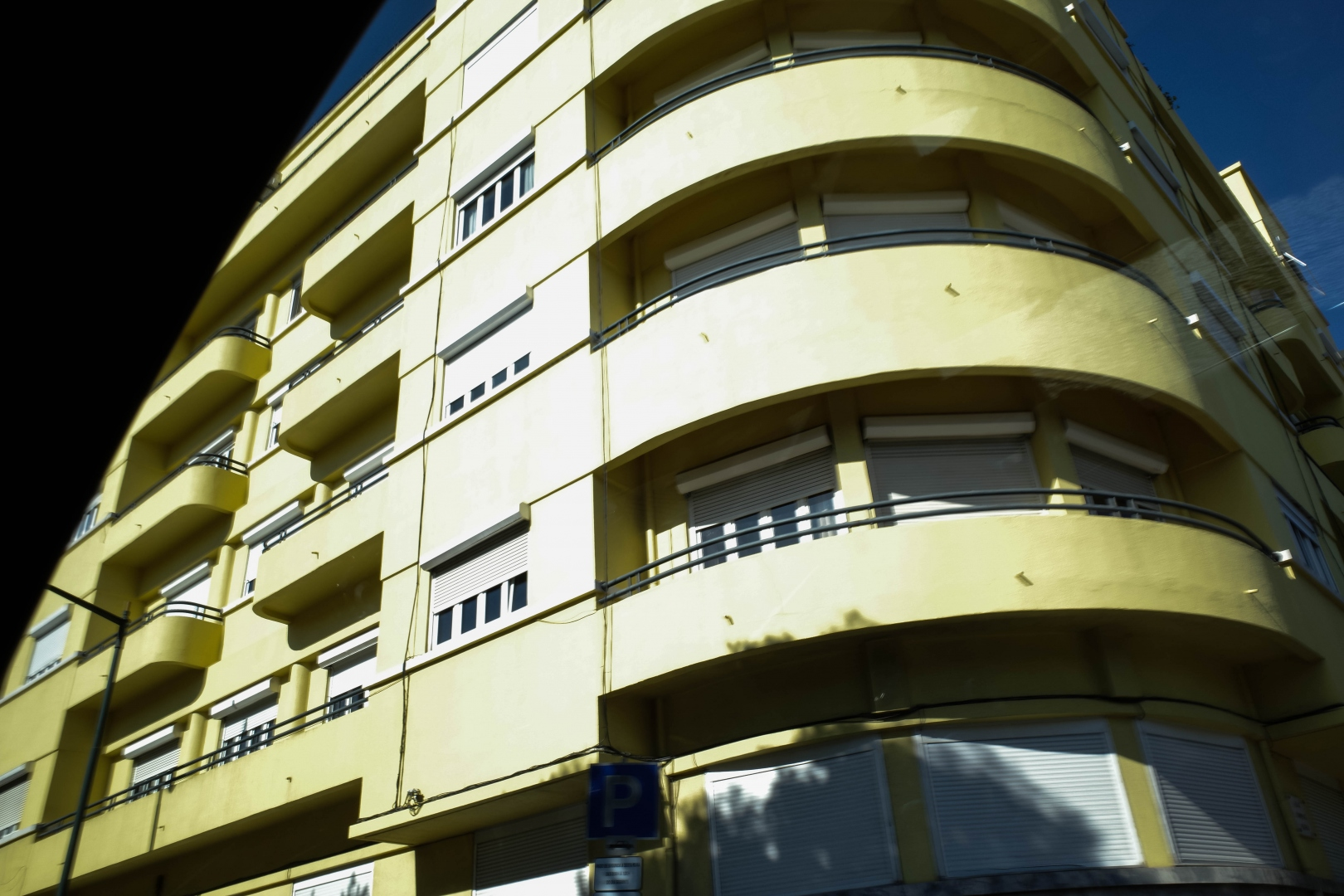 Fotografia de Rua/A casa amarela