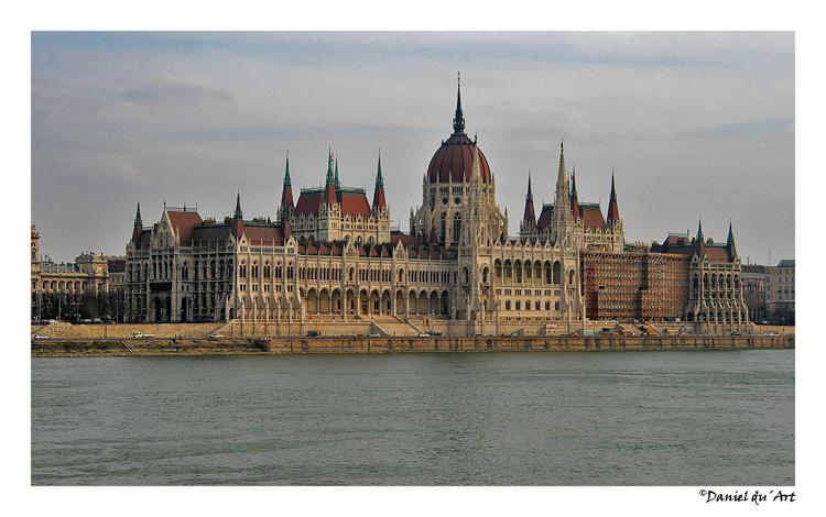 Parlamento hungaro foto de daniel du art olhares for Parlamento on line