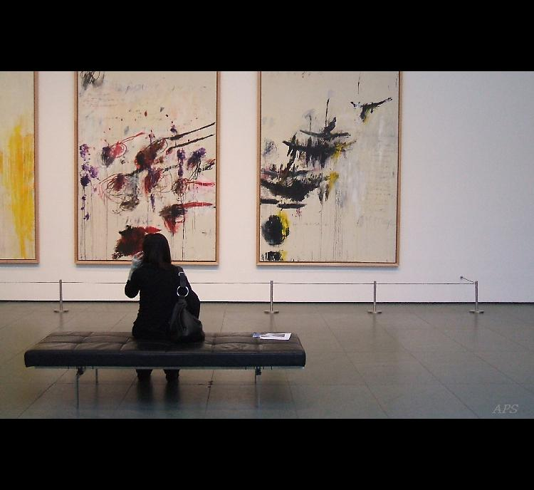 Outros/MOMA