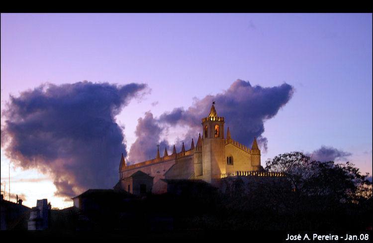 História/Igreja de S. Francisco - -Évora