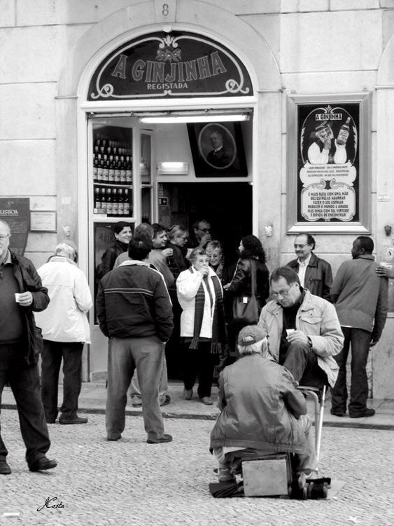 Gentes e Locais/«A Ginjinha»
