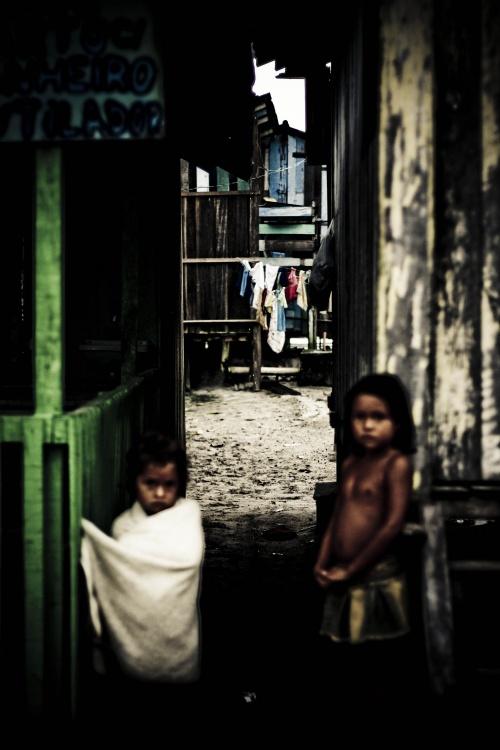 Fotojornalismo/Entre luz e sombra... Entre sonho e realidade...