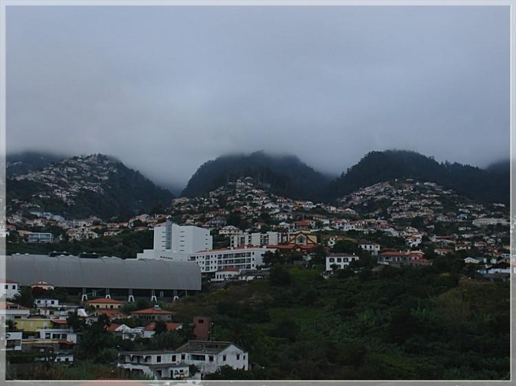 Paisagem Urbana/A cidade e a montanha!