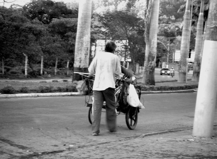 Fotojornalismo/Pessoas Desconhecidas.... 01