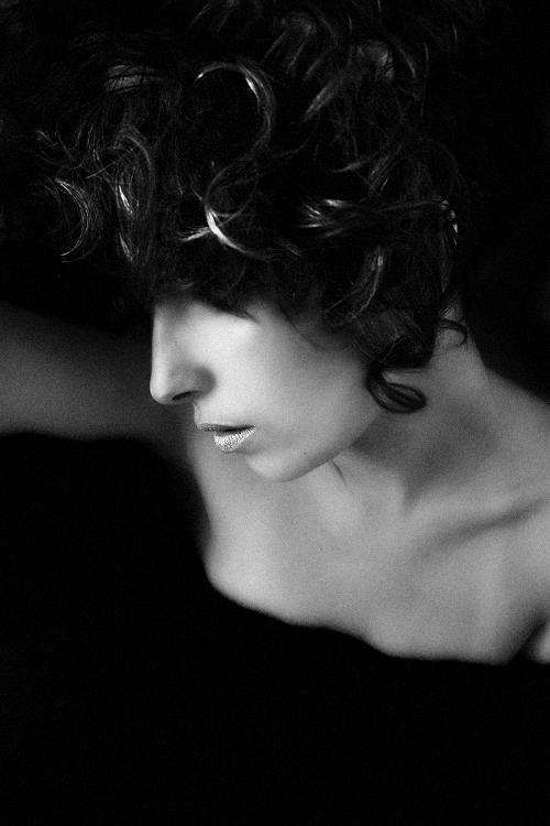 Retratos/Back[to]Black