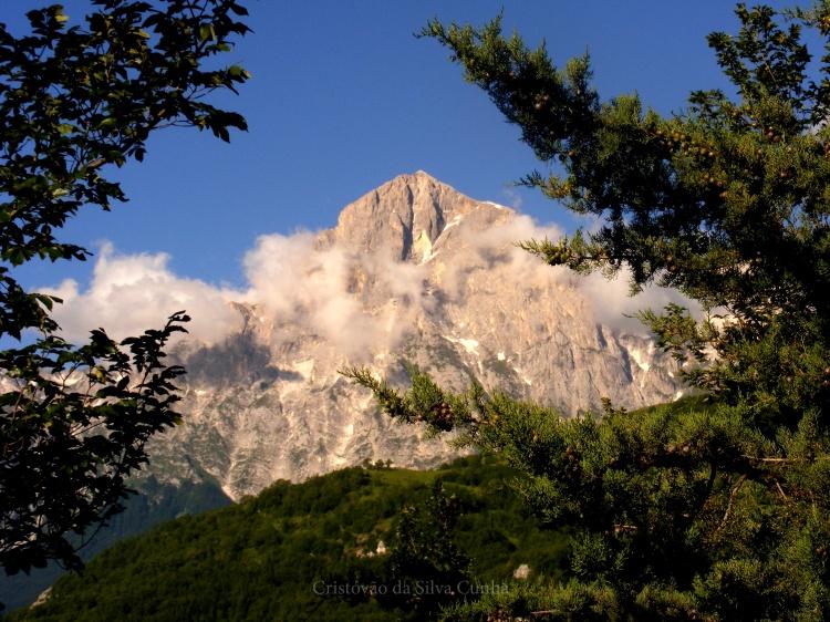 Paisagem Natural/O Gran sasso D'Italia visto de Forca di Valle (TE)