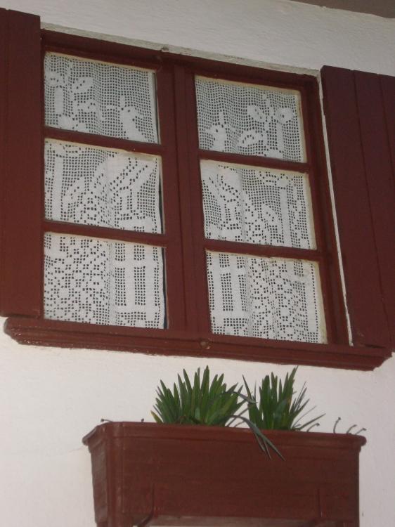 Gentes e Locais/Somente uma janela