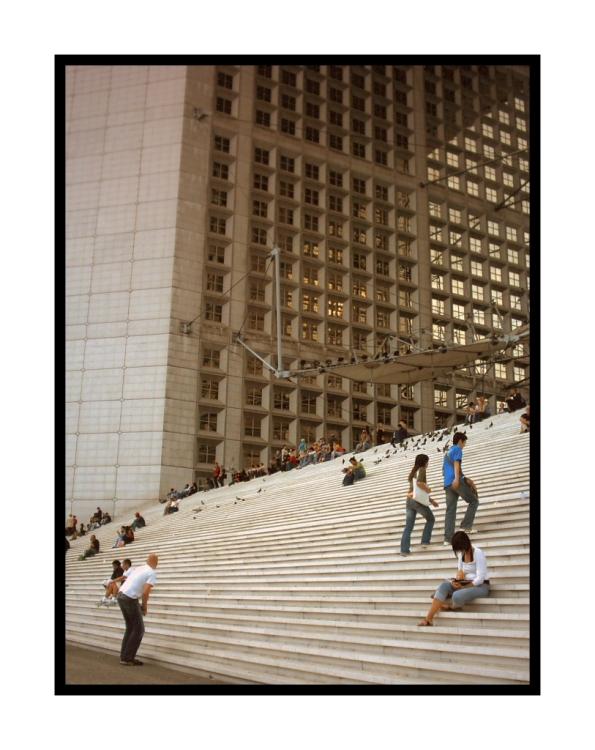 Gentes e Locais/Escadaria Arc da Défense