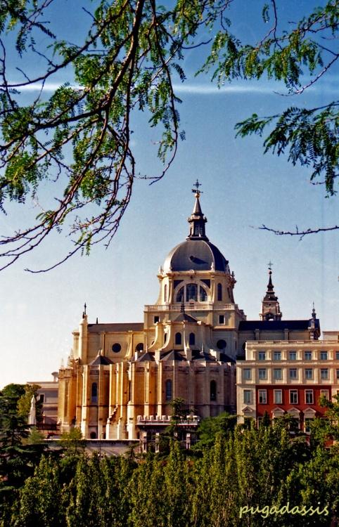 Paisagem Urbana/CATEDRAL DE MADRID