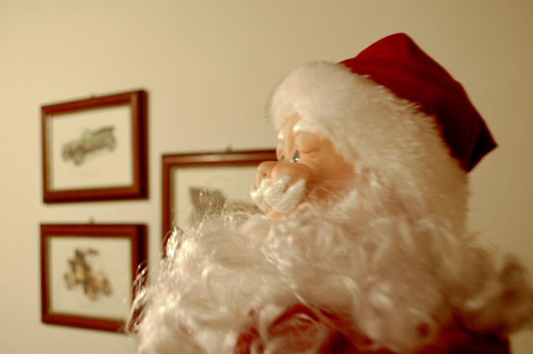 Outros/Pai Natal em pose de perfil