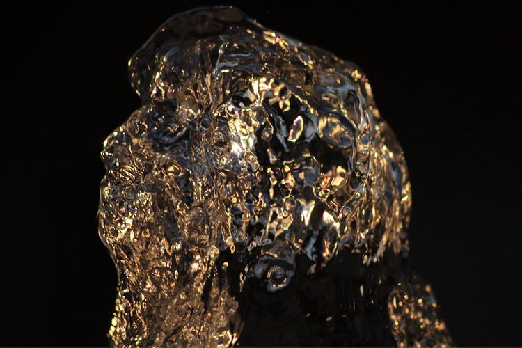 Abstrato/Busto de água