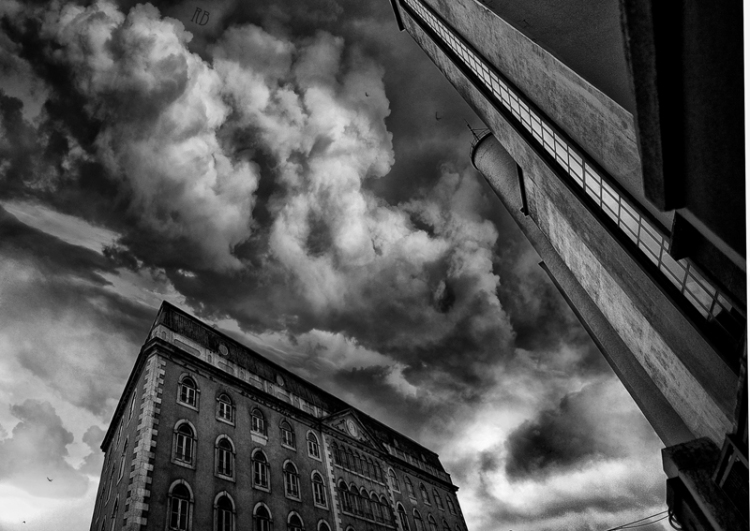 Paisagem Urbana/Explosão cinzenta
