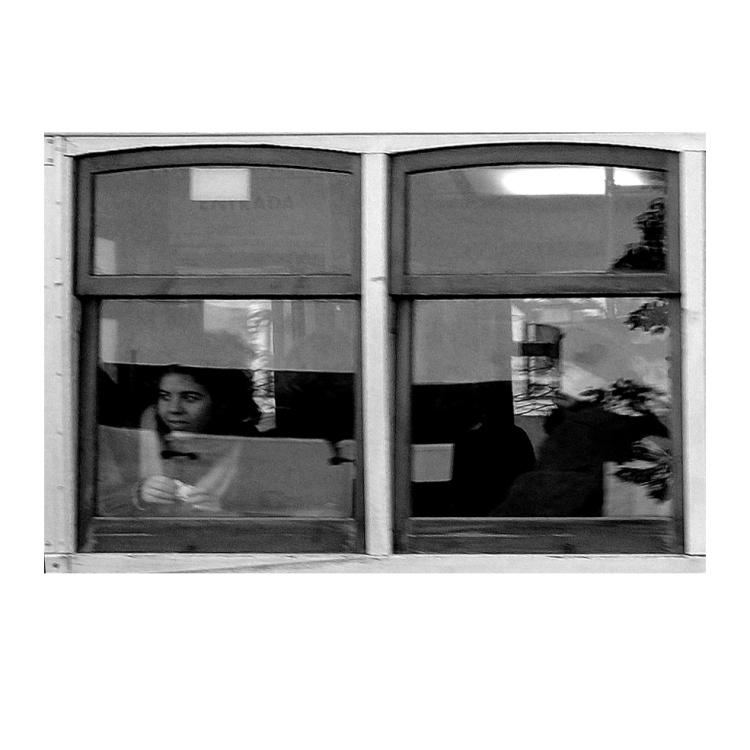 Outros/Em cada janela um sorriso teu