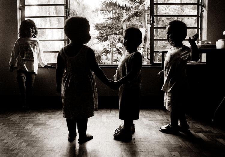 Gentes e Locais/aids e infância